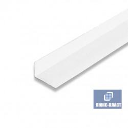 Угол ПВХ 10х20 мм белый