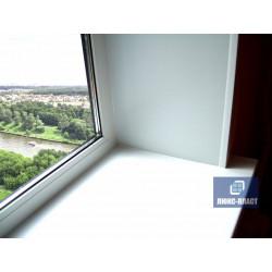 Окно ПВХ с подоконником и уголками ПВХ